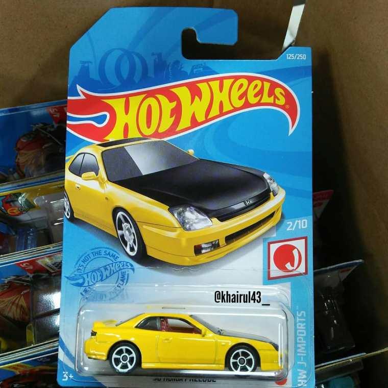 Hot-Wheels-Mainline-2021-98-Honda-Prelude-001