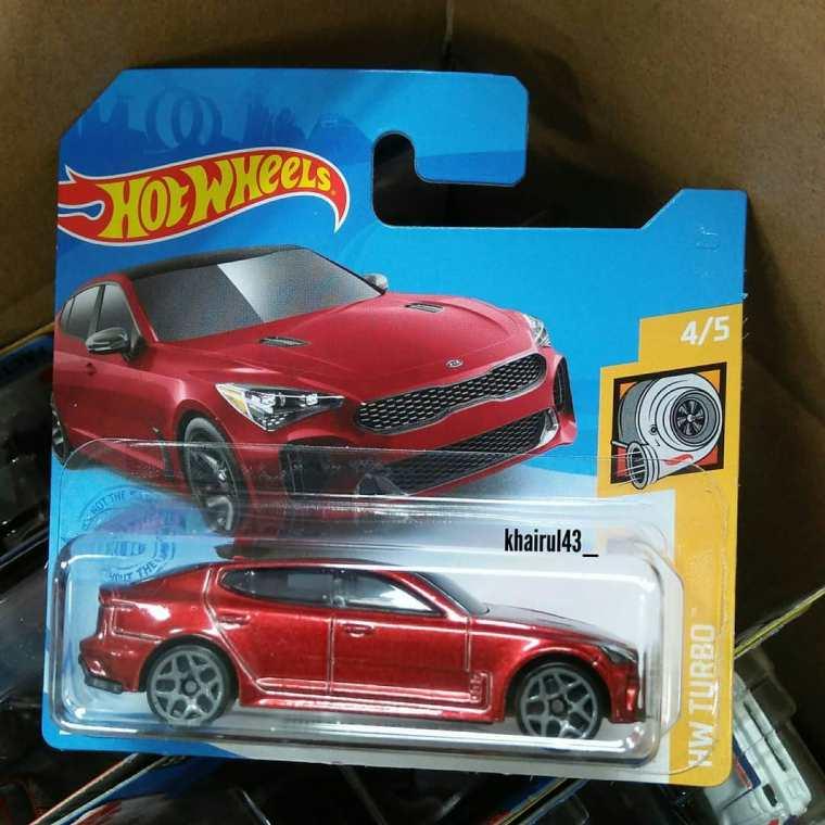 Hot-Wheels-Mainline-2021-KIA-Stinger-GT-001