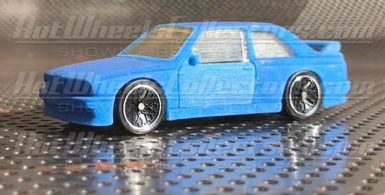 Hot-Wheels-Red-Line-Club-2021-BMW-M3-E30-001