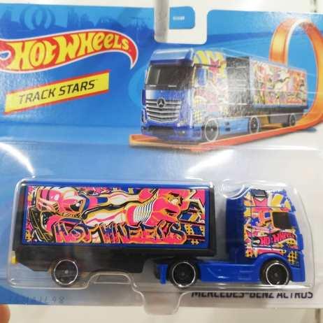 Hot-Wheels-Track-Stars-2021-002