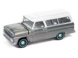 to-World-Chevrolet-Suburban-65-Silver