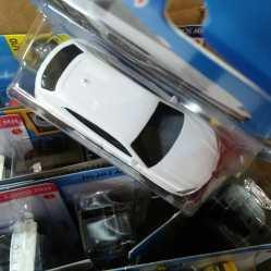 Hot-Wheels-Mainline-2021-17-Lamborghini-Urus-005