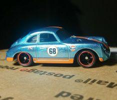Hot-Wheels-Mainline-2021-Super-Treasure-Hunt-Porsche-356A-Outlaw-003