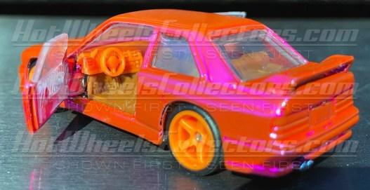 Red-Line-Club-BMW-M3-E30-69-Chevrolet-Camaro-003