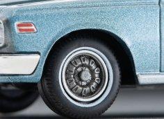 Tomica-Limited-Vintage-Neo-Toyota-Crown-Hard-Top-SL-bleu-010