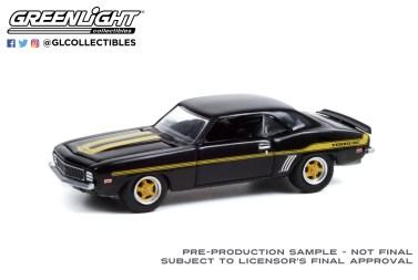 GreenLight-Collectibles-Detroit-Speed-Inc-2-Dave-Tuckers-1969-Chevrolet-Yenko-Camaro
