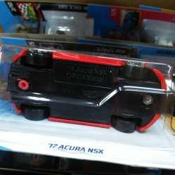 Hot-Wheels-Mainline-2021-17-Acura-NSX-006