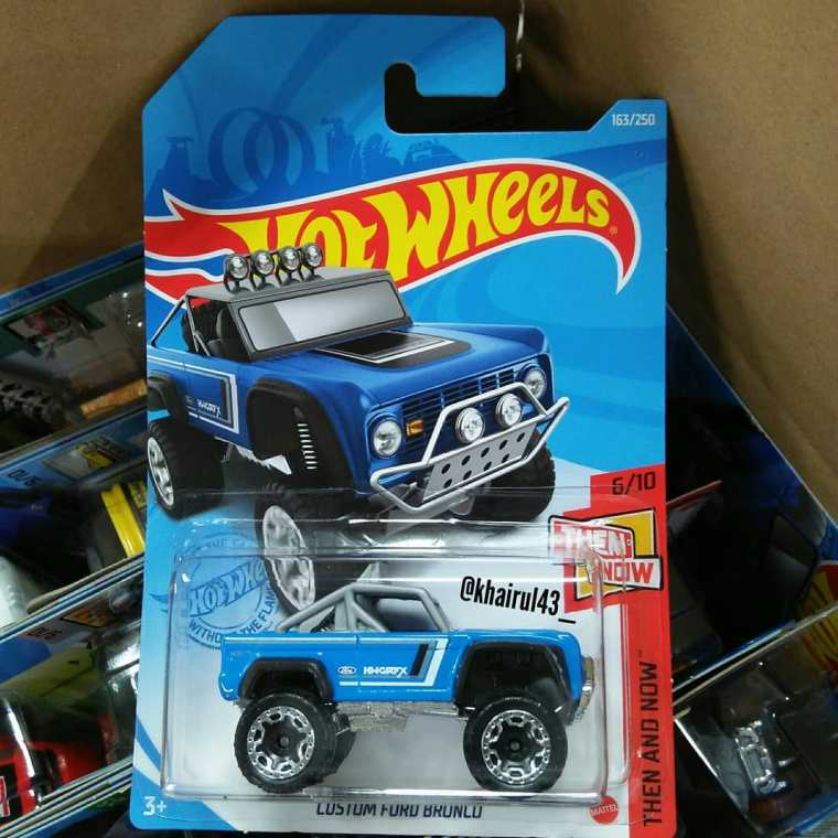 Hot-Wheels-Mainline-2021-Custom-Ford-Bronco-001