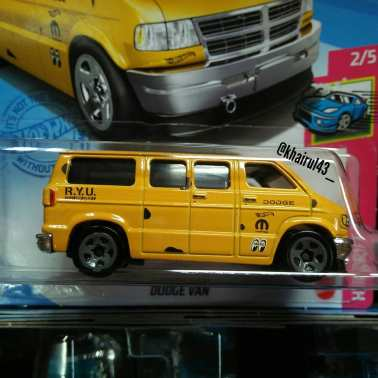 Hot-Wheels-Mainline-2021-Dodge-Van-Dajiban-002