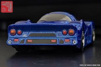 Hot-Wheels-Mainline-2021-Nissan-R390-GT1-005