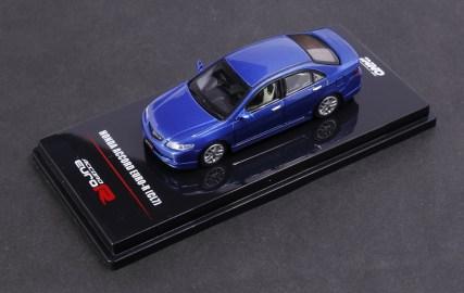 Inno64-Honda-Accord-Euro-R-CL7-Artic-Blue-Pearl-002