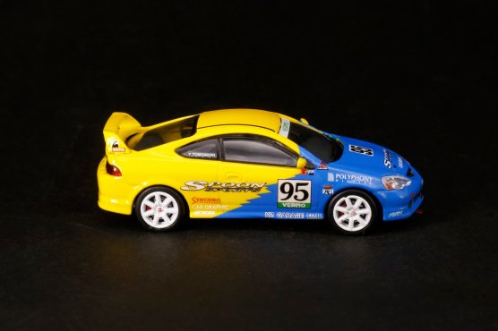 Inno64-Honda-Integra-Type-R-DC5-Tuned-By-Spoon-Sports-002