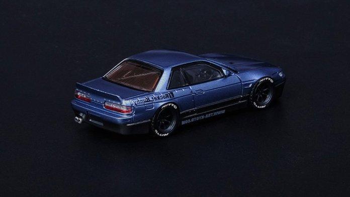 Inno64-Nissan-Silvia-S13-Pandem-Rocket-Bunny-V1-blue-grey-002