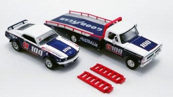 Acme-Allan-Moffat-1970-Ford-F-350-Ramp-Truck-1969-Ford-Trans-Am-Mustang-001