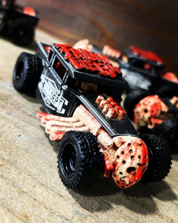 Hellsdept-Hot-Wheels-Bone-Shaker-custom-Friday-The-13th-001