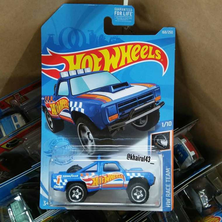 Hot-Wheels-Mainline-2021-87-Dodge-D100-001