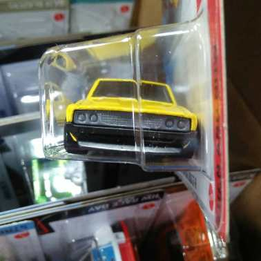 Hot-Wheels-Mainline-2021-Nissan-Skyline-2000GT-R-003
