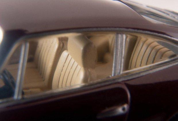 Tomica-Limited-Vintage-Neo-Porsche-911S-Marron-007
