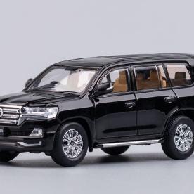 Hobby-Japan-Minicar-Project-Toyota-Land-Cruiser-200-noir-014