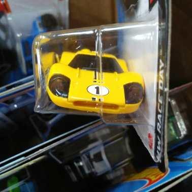Hot-Wheels-Mainline-2021-Ford-GT40-Mk-IV-003