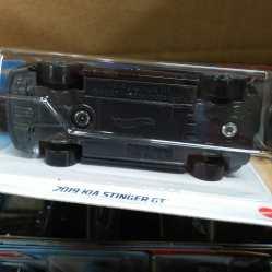 Hot-Wheels-Mainline-2021-KIA-Stinger-GT-006