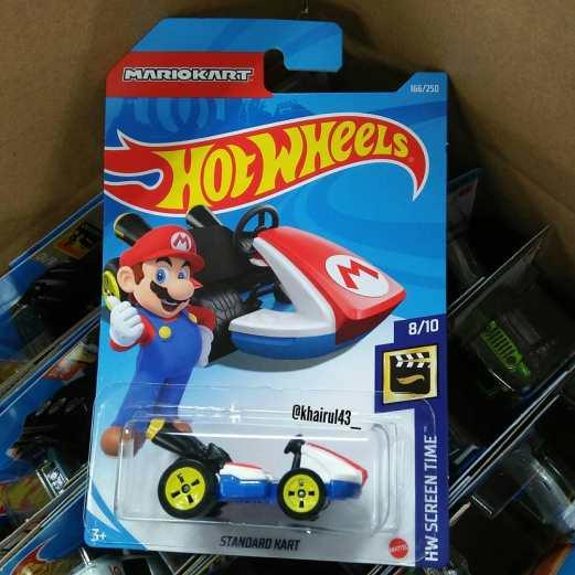 Hot-Wheels-Mainline-2021-Mario-Kart-Standard-Kart-001
