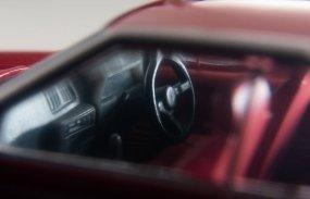 Tomica-Limited-Vintage-Neo-Nissan-Skyline-2000-Turbo-GT-ES-Rouge-006
