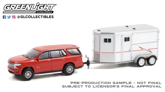 GreenLight-Collectibles-Hitch-Tow-23-2021-Chevrolet-Tahoe