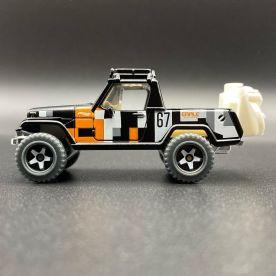 Hot-Wheels-2021-Speed-Blur-5-Pack-67-Jeepster-Commando-002