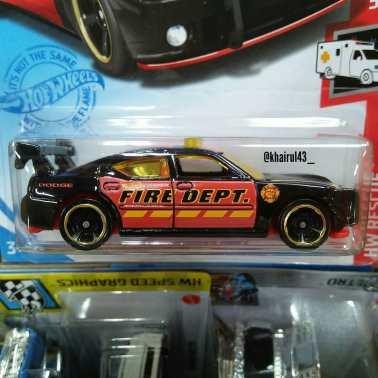 Hot-Wheels-Mainline-2021-Dodge-Charger-Drift-002