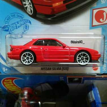 Hot-Wheels-Mainline-2021-Nissan-Silvia-S13-002