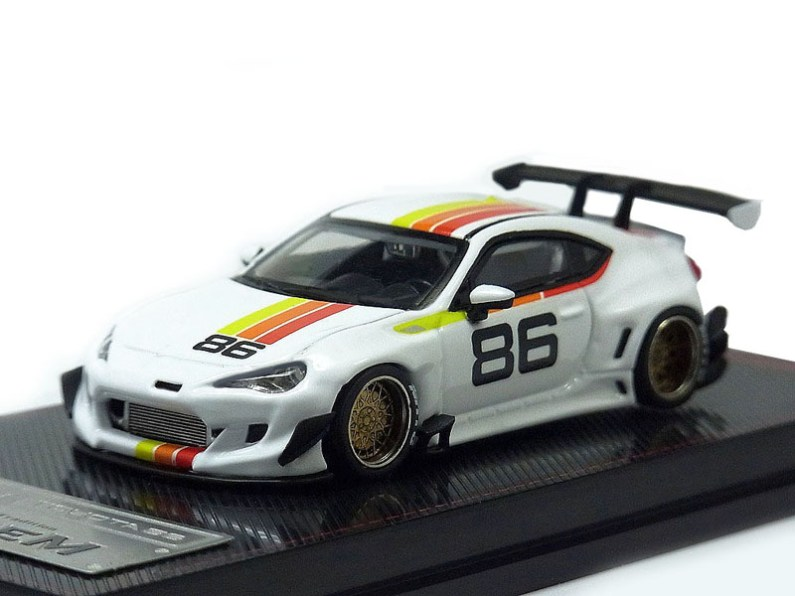 Ignition-Model-Pandem-Toyota-86-V3-White-001