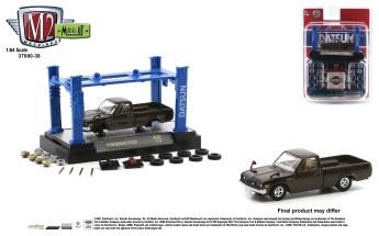 M2-Machines-Model-Kit-Release-38-1976-Datsun-Truck