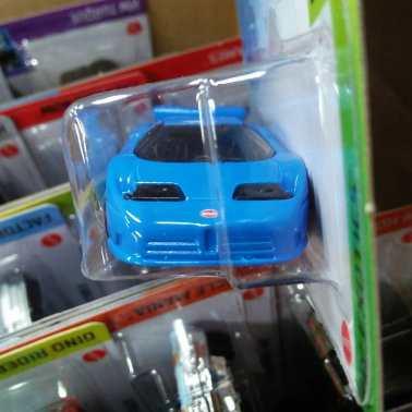 Hot-Wheels-Mainline-2021-94-Bugatti-EB110-SS-03