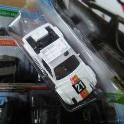 Hot-Wheels-Mainline-2021-Porsche-914-Safari-005