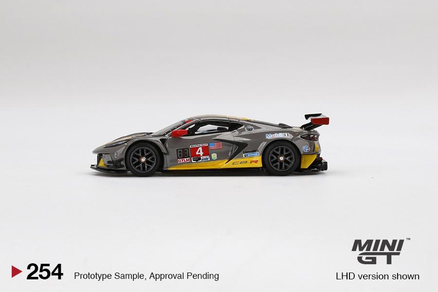 Mini-GT-Chevrolet-Corvette-C8R-4-2020-IMSA-24-Hrs-Daytona-003