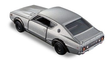 Tomica-Premium-Nissan-Skyline-2000-GT-R-KPGC110-002