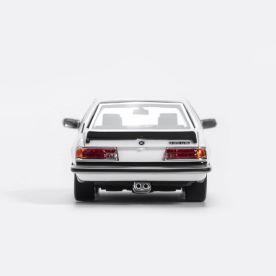 YM-Model-BMW-635-CSi-Blanche-002