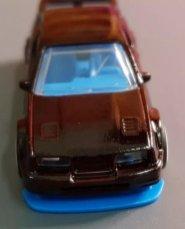 Hot-Wheels-87-Ford-Sierra-Cosworth-002