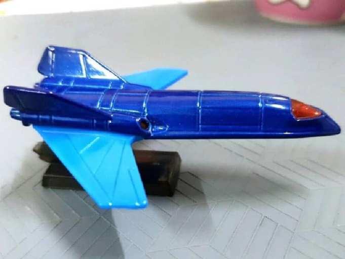 Hot-Wheels-Mainline-X-Jet-002