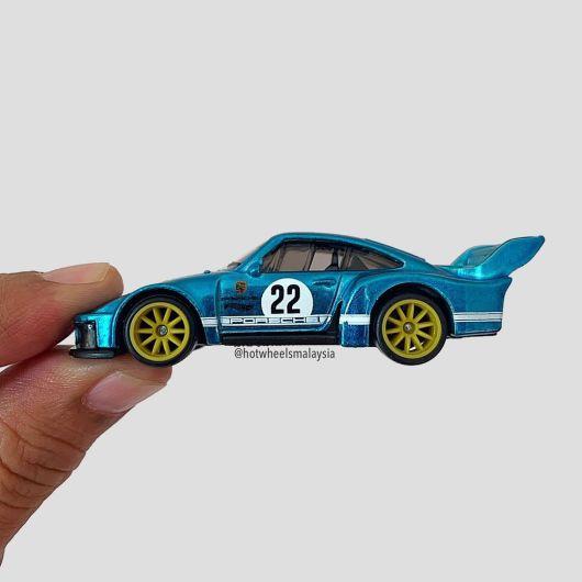 Hot-Wheels-Porsche-935-New-York-Toy-Fair-2022-002