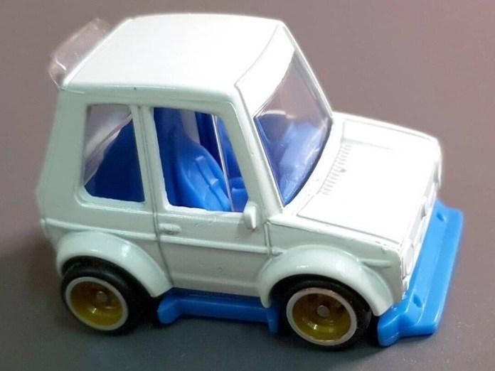 Hot-Wheels-Tooned-VW-Golf-Mk1-001