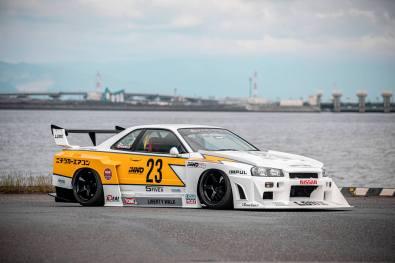 Inno64-R-Nissan-Skyline-LBWK-ER34-Super-Silhouette-005