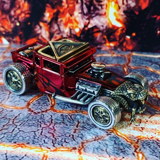 King-Of-Customs-Hells-Dept-Snake-Shaker-003