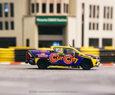 Tarmac-Works-Toyota-Hilux-Ben-Walsh-Racing-003