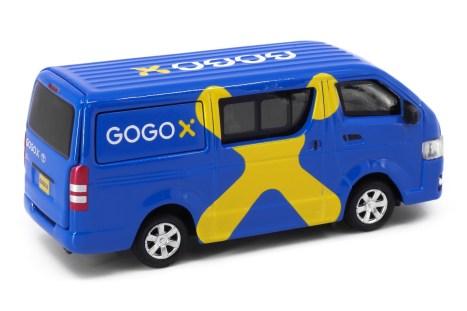 Tiny-Toyota-HiAce-Gogox-005