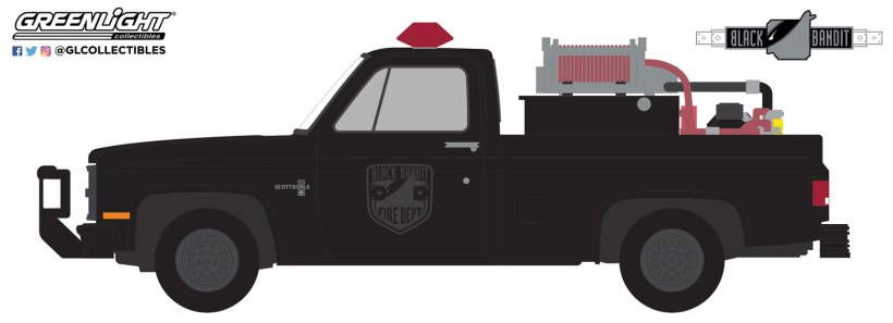 GreenLight-Collectibles-Black-Bandit-26-1982-Chevrolet-K20-Scottsdale