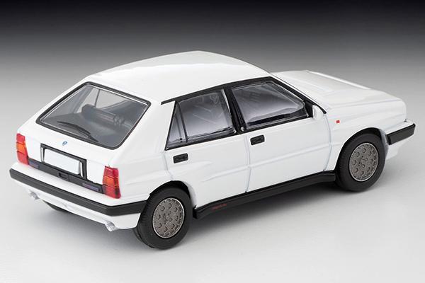 Tomica-Limited-Vintage-Neo-Lancia-Delta-HF-Integrale-16V-Blanc-002