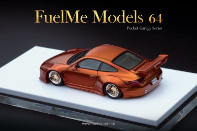 FuelMe-Models-Old-and-New-Porsche-997-maroon-007