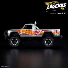 Hot-Wheels-Legend-Tour-2021-Macho-Power-Wagon-006
